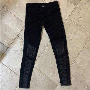 Alo Yoga Moro leggings